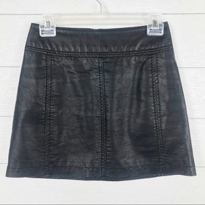 Free People Faux Leather Mini Skirt Black Zip 0